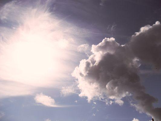 la porte du paradis attire les nuage