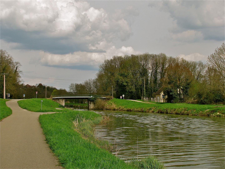 .. La promenade à Rhône au Rhin Canal 1 ...