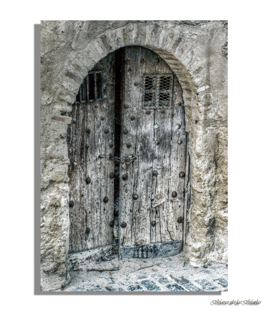 ...la puerta abierta...
