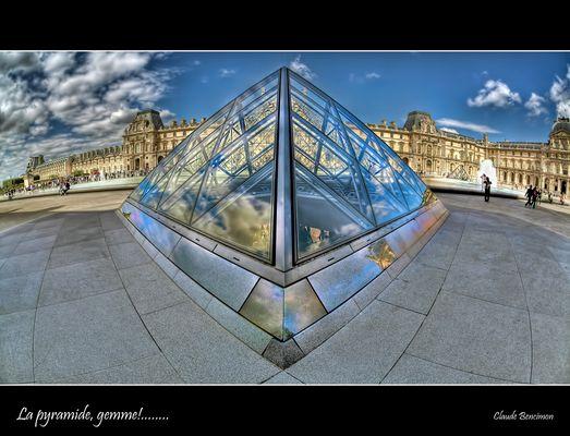 La pyramide, gemme!........