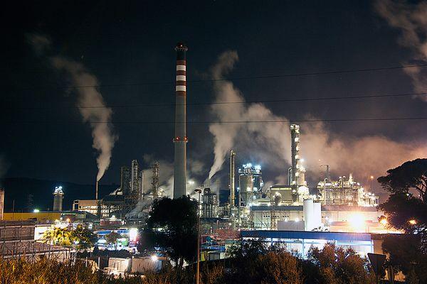 La Refineria.