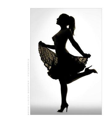 la reine dansant