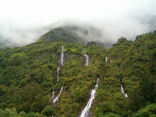"""La Réunion - Cascades du """"Voile de la Mariée"""""""