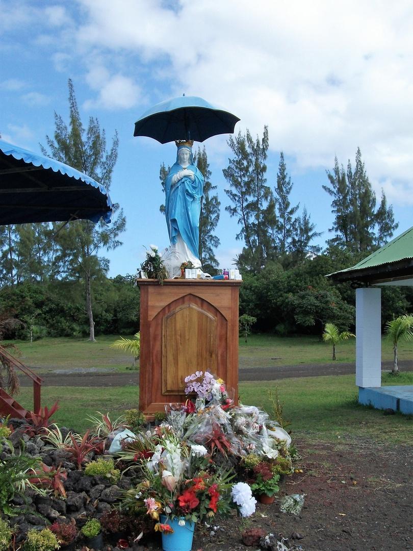 la reunion - La Vierge au parasol