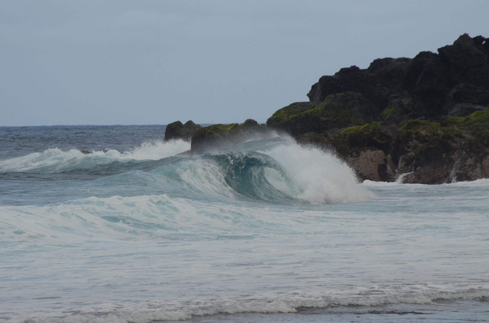 La Réunion : Sturzwelle am Grande Anse
