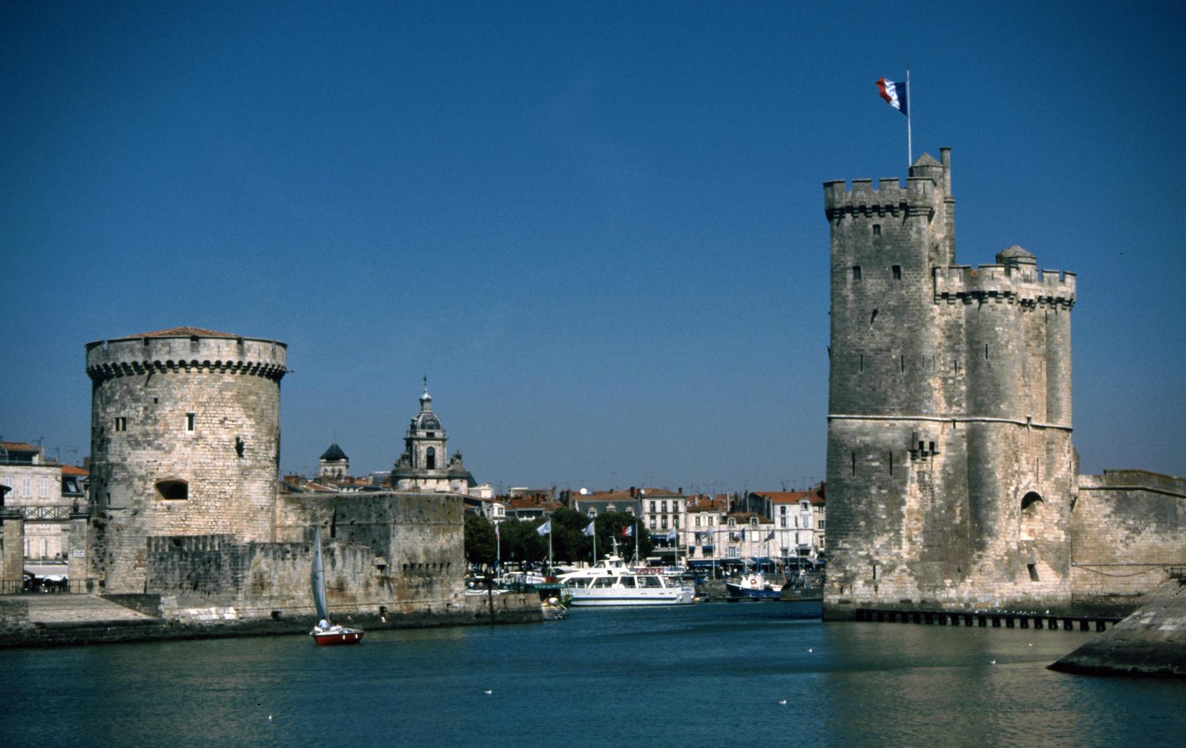La Rochelle, Hafeneinfahrt (1996-09)