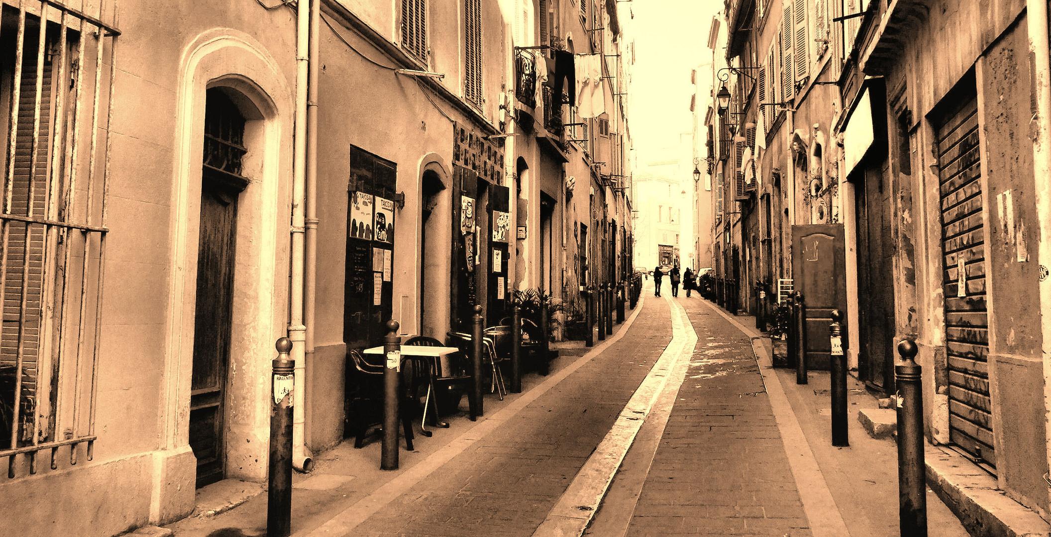 La rue qui va