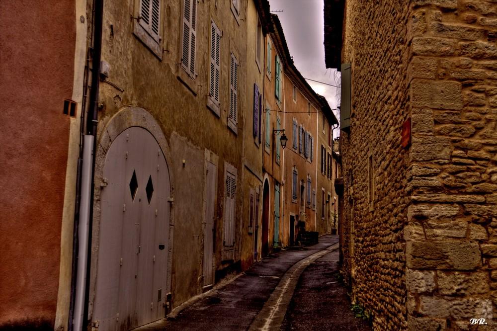 la rue Saint Frusquin