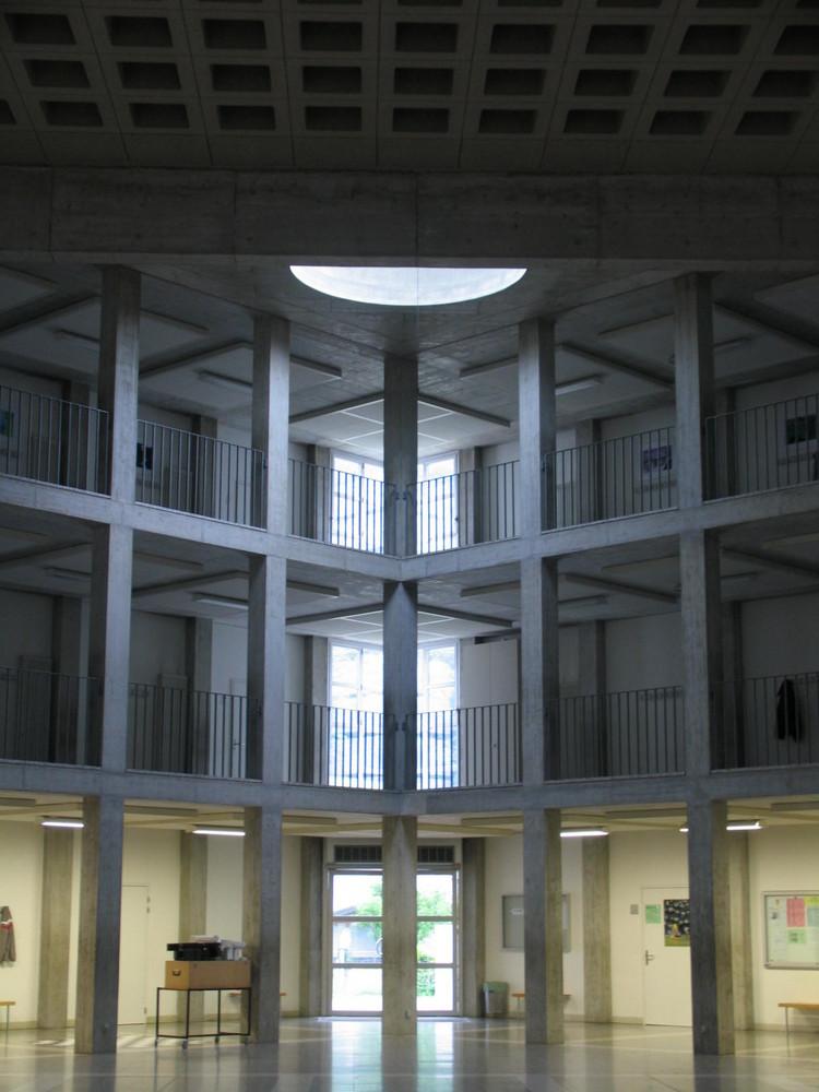 La Scuola Media - Riva San Vital