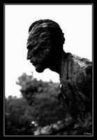 La silhouette de l'artiste peintre....VAN GOGH