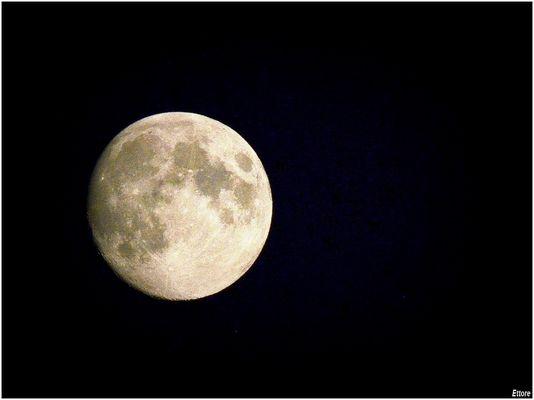 La solita luna piena