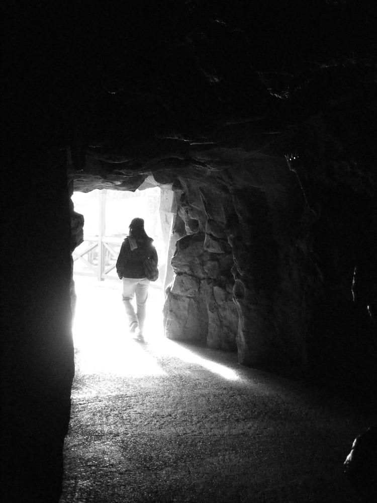 la sortie de la caverne du dragon