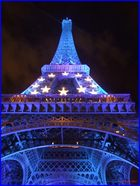 la Tour Eiffel aux couleurs de l'europe