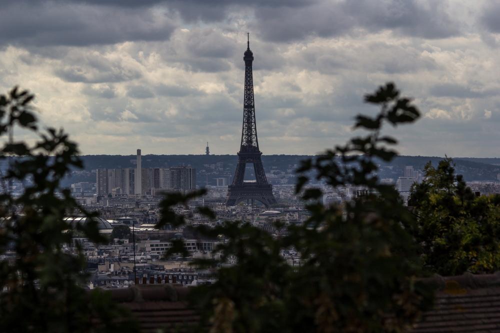 -- La Tour Eiffel --