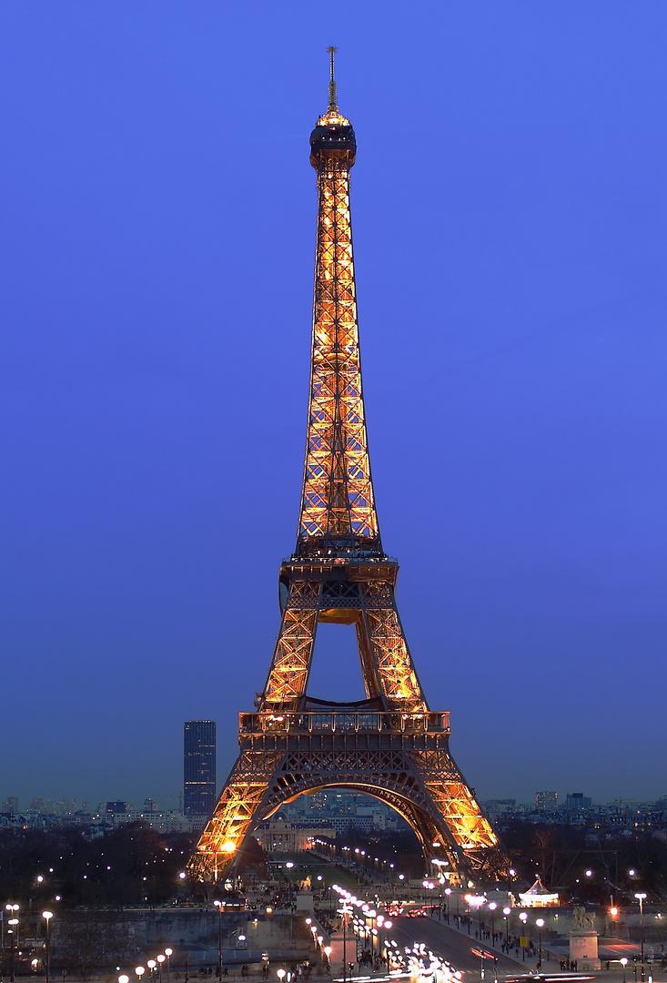 "La Tour Eiffel""Copyright Tour Eiffel - Illuminations Pierre Bideau"""