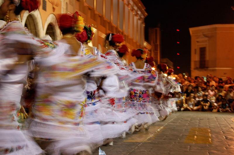 """""""La Vaqueria"""" Yucatecan dance"""