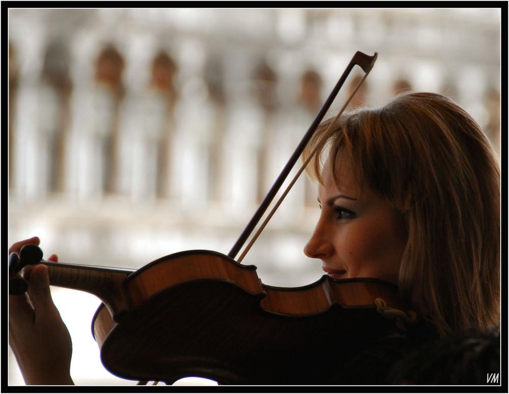 La violoniste du café Florian...