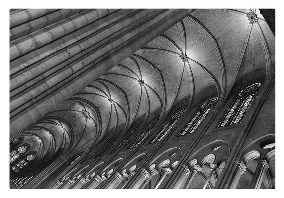 La voûte de Notre Dame de Paris ...