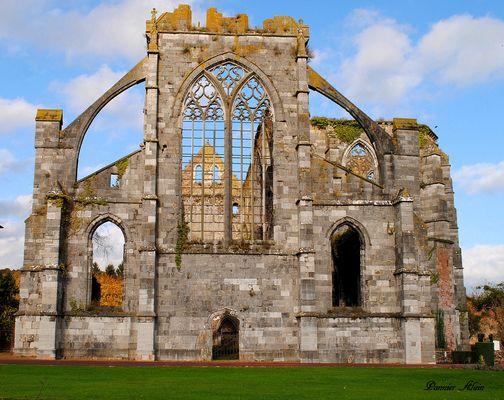 L'abbaye d'aulne belgique..