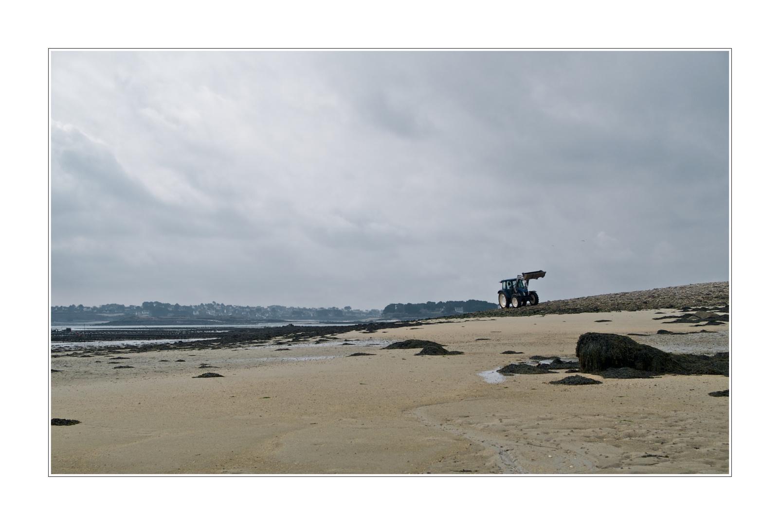 L'aber Wrac'h, le tracteur bleu