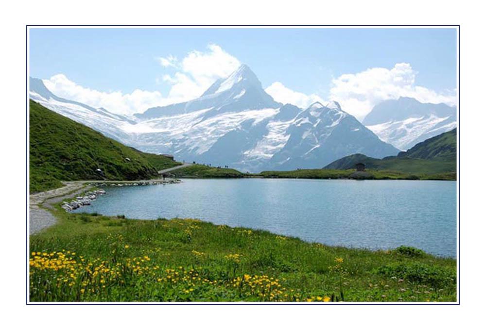Lac de belchapsee & sommet de la Jungfrau