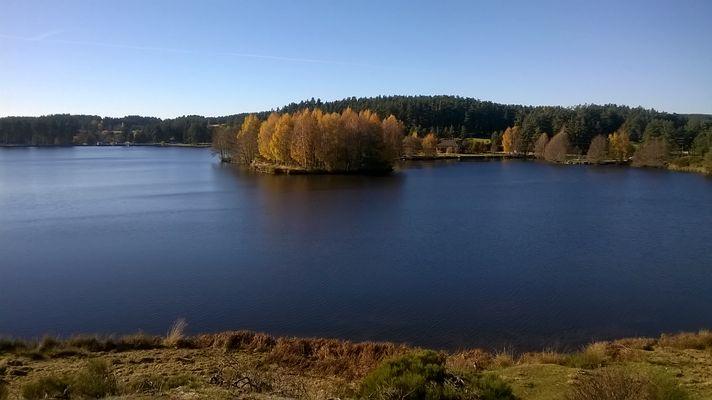 Lac de Ganivet début novembre