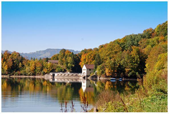 Lac de Montsalvens Charmey Fribourg Schweiz