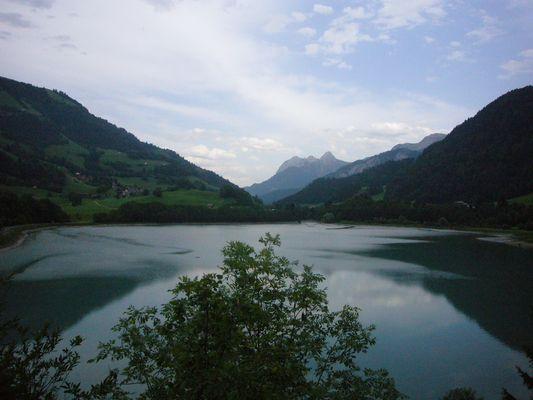 Lac de Rossinière