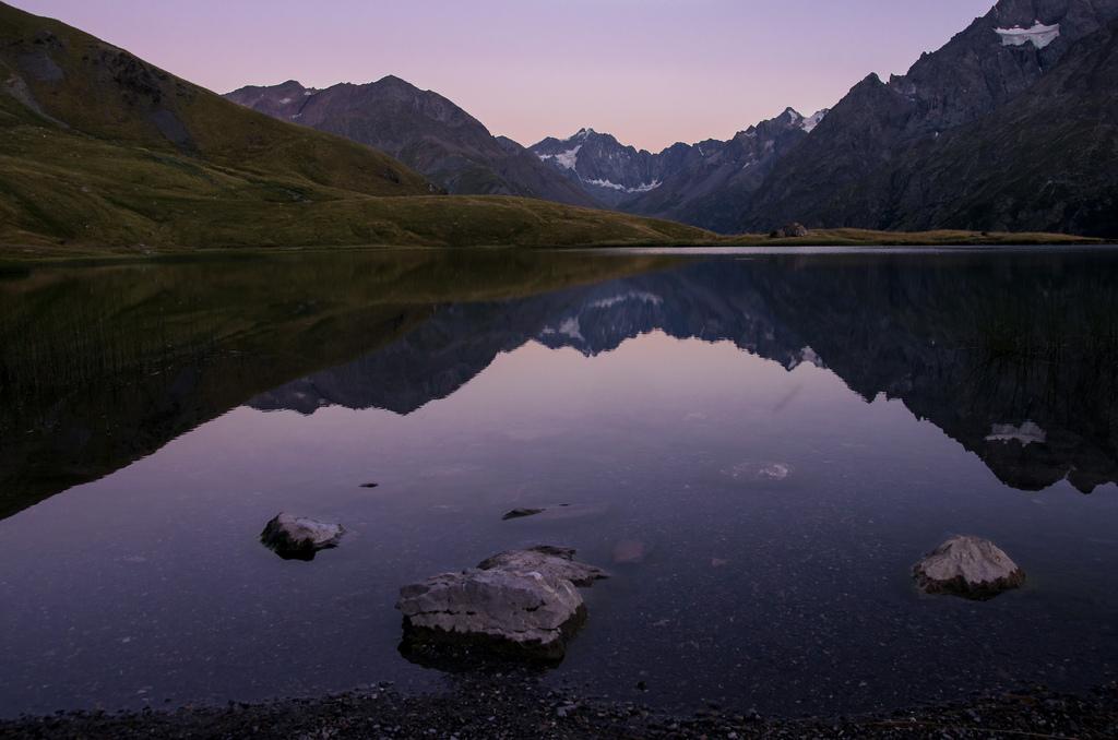 Lac du Pontet à la nuit tombante
