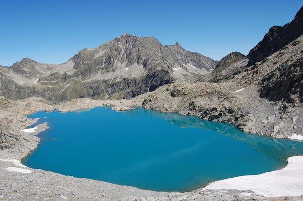Lac Tourat, au pied du pic long