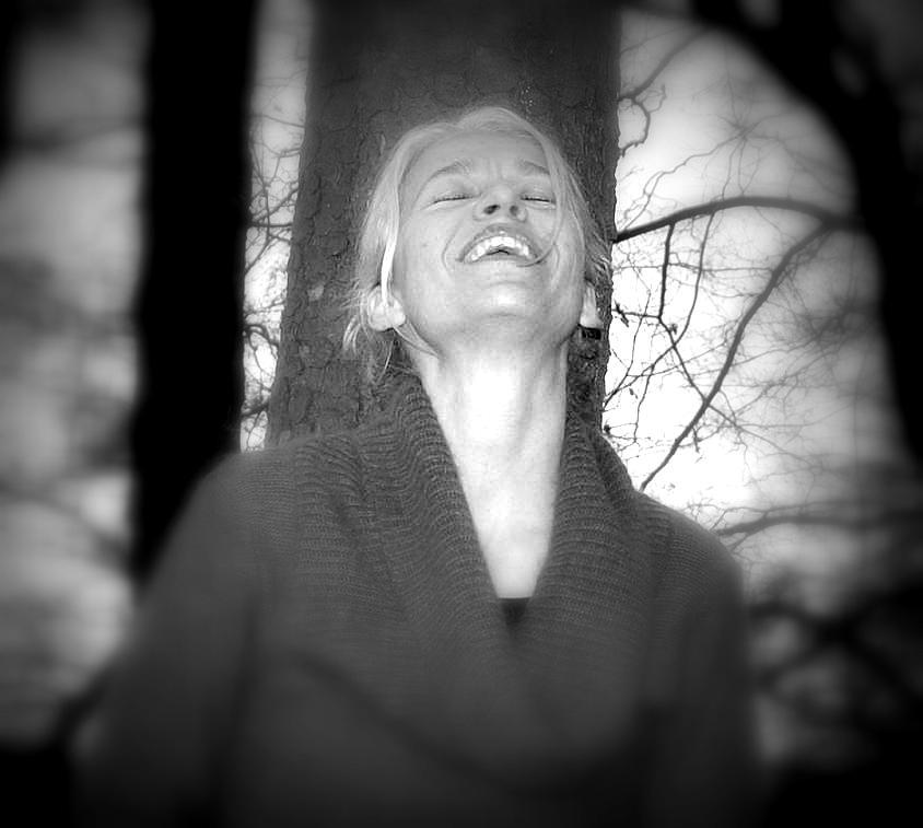 Lachen am Rande des Abgrunds