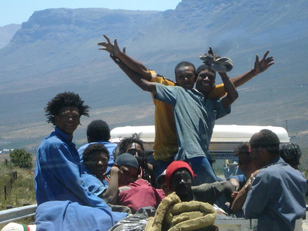 lachende menschen bei der arbeit- südafrikanische impressionen II