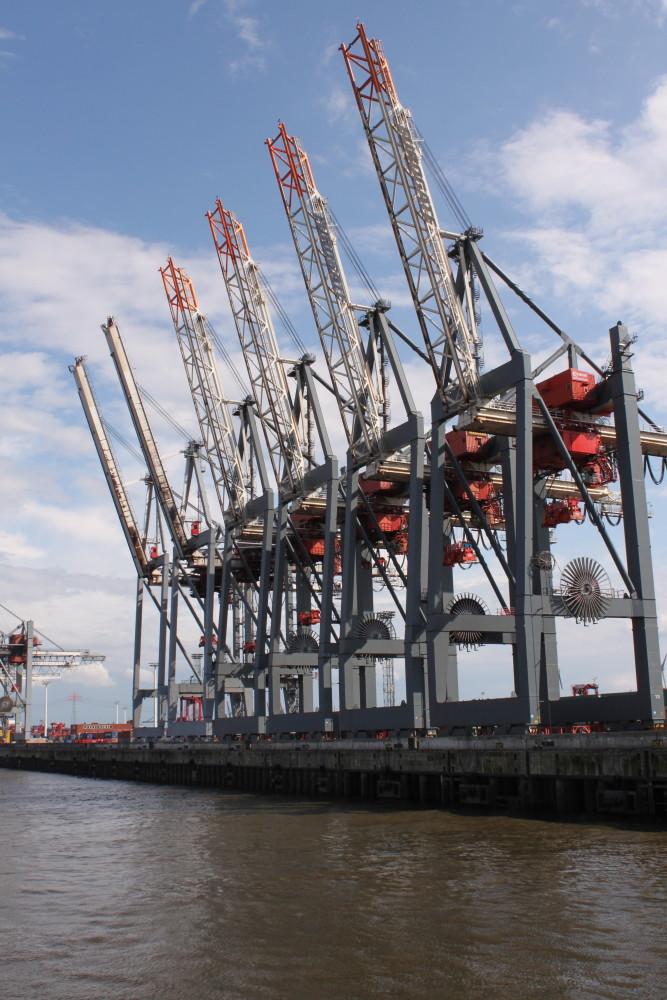 Ladekräne Hamburg Hafen