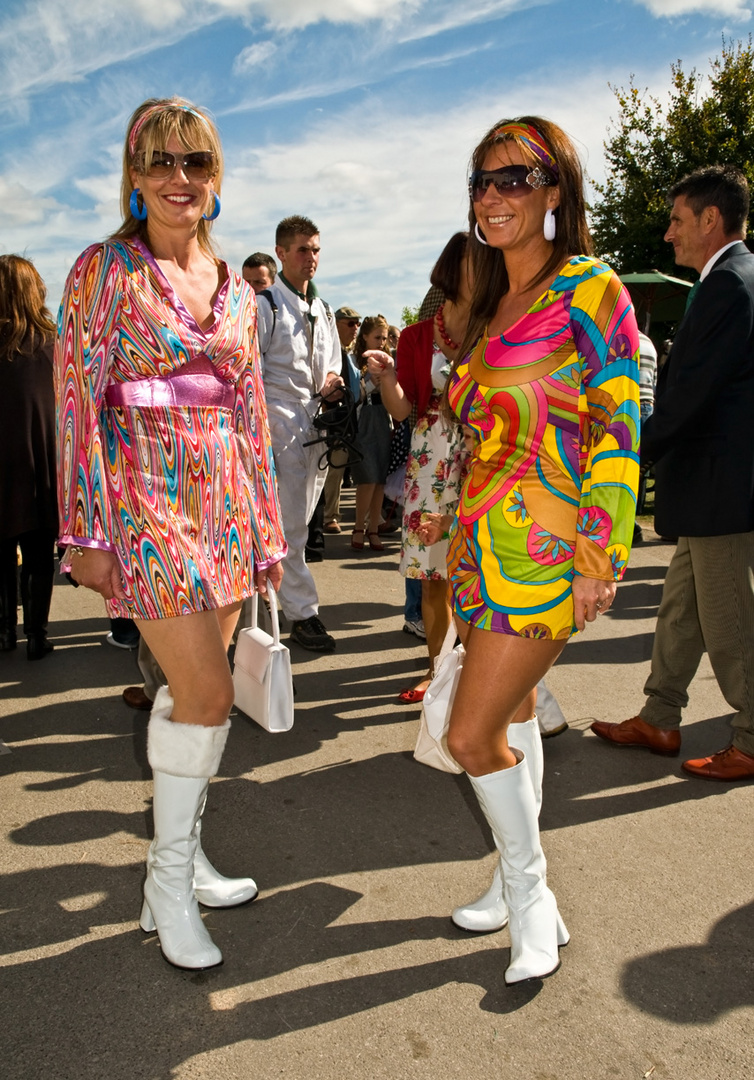 Ladies at Goodwood - Roaring Sixties Foto & Bild ...