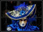 Lady in blau