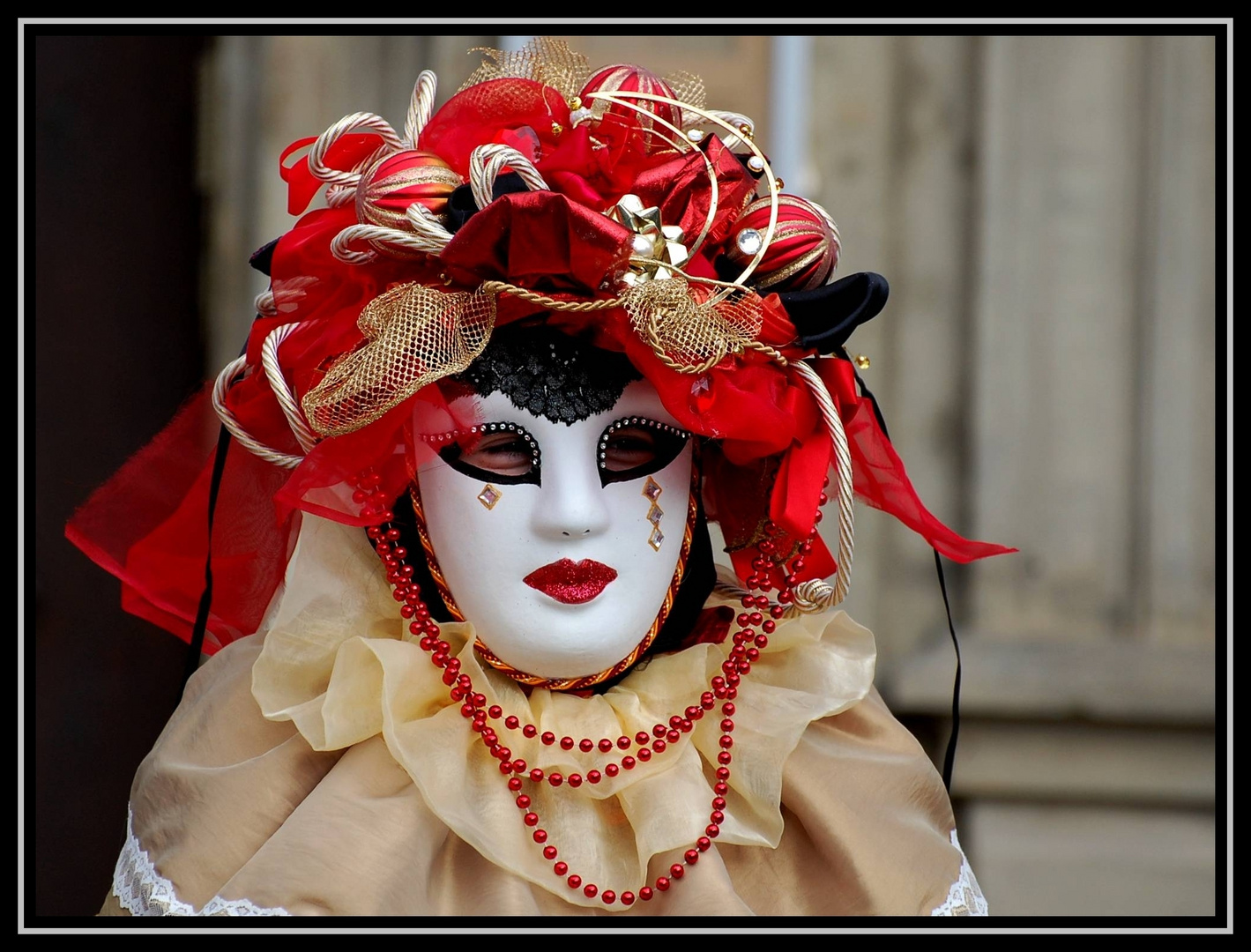 Lady in rot