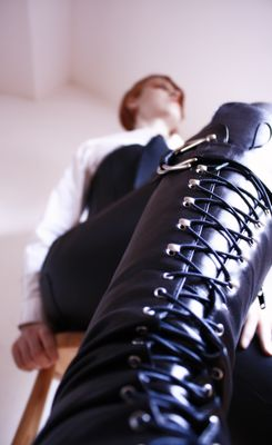 Lady Leather 2
