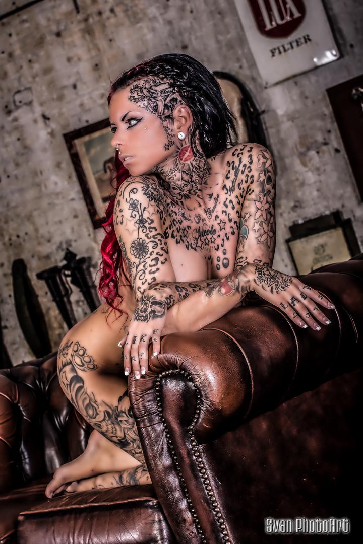 Lady Tattoo Cat