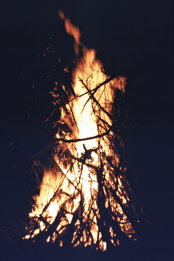 Lagerfeuer - 4