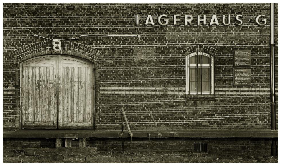 LAGERHAUS G