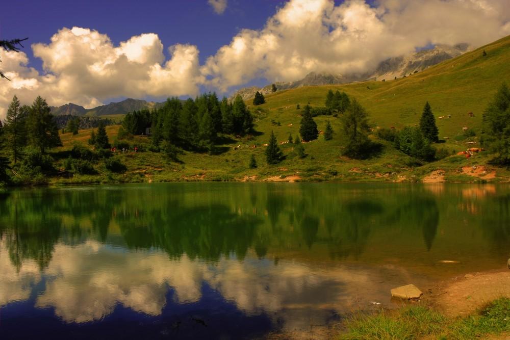 Laghetto di montagna foto immagini paesaggi laghi e for Immagini di laghetti