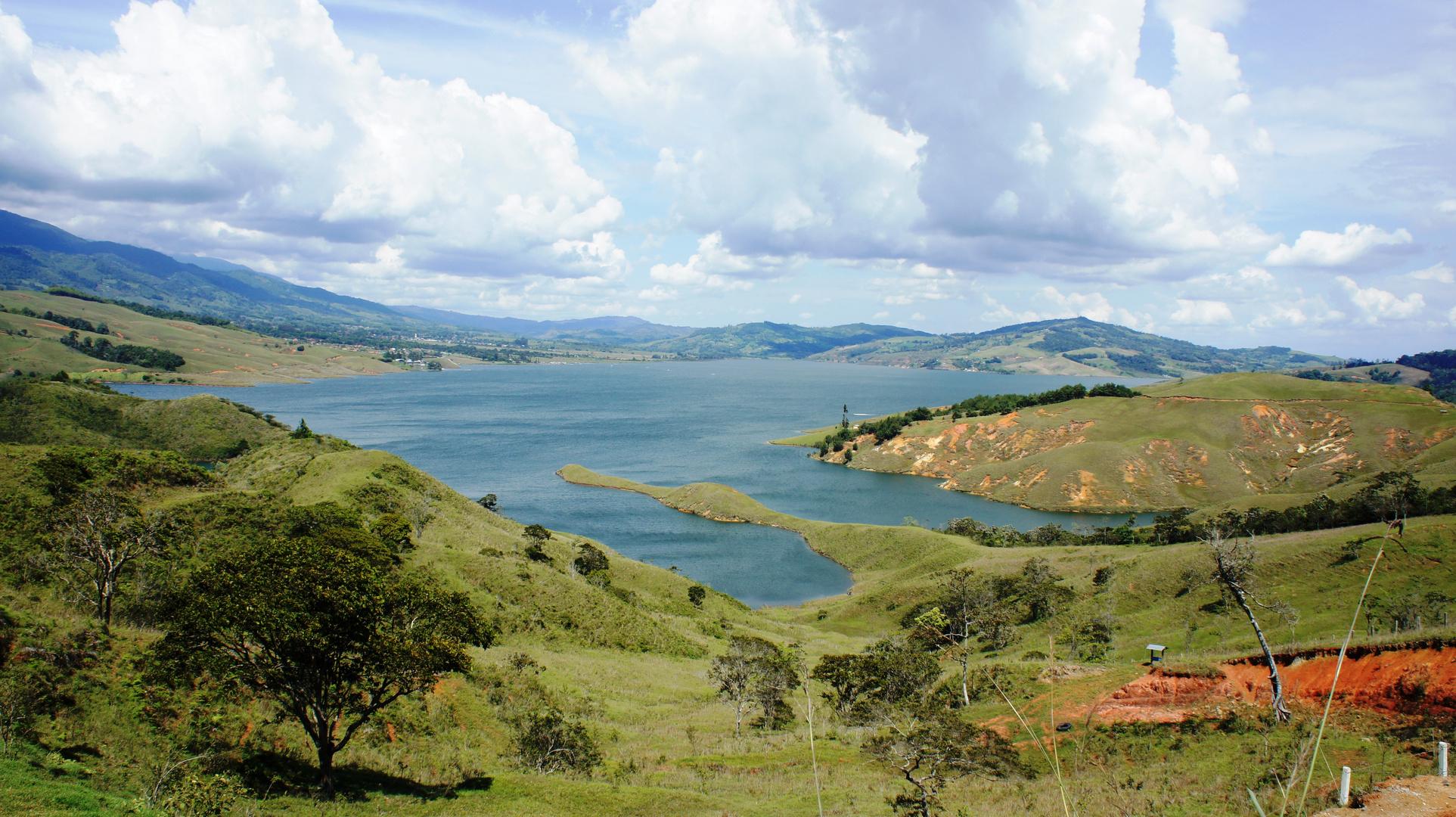 LAGO CALIMA VALLE DEL CAUCA, COLOMBIA