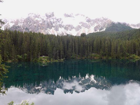 Lago de Carezza ( Dolomites )