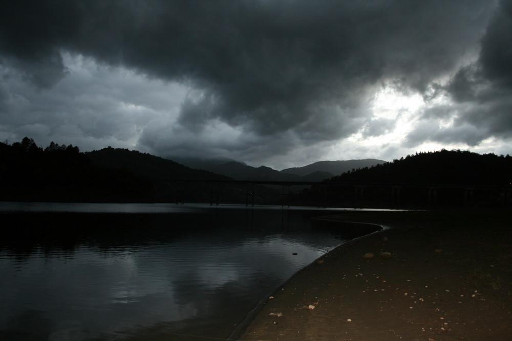 Lago del Salto 1
