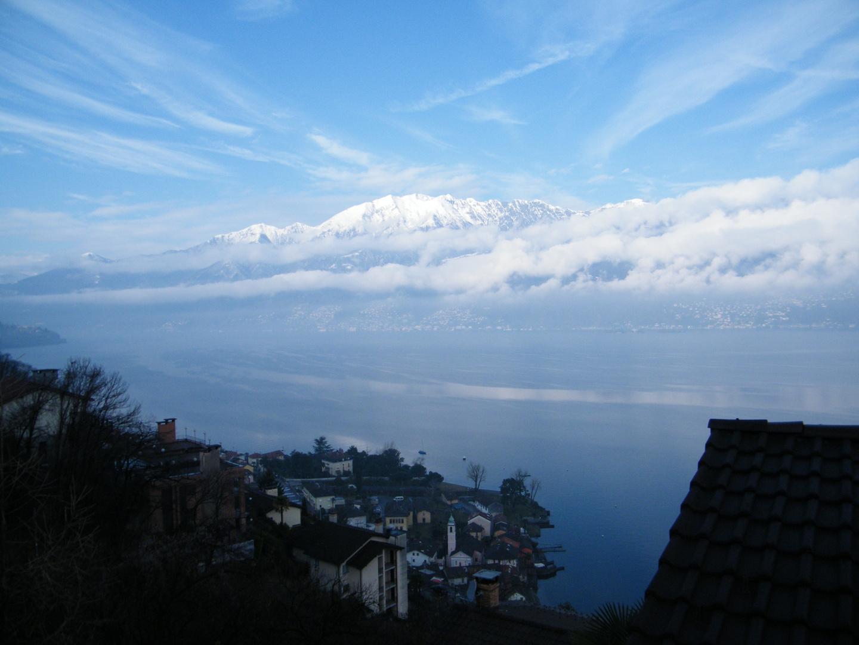 Lago Maggiore am Morgen