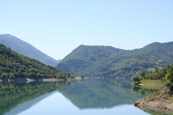 Lago Turano Ri