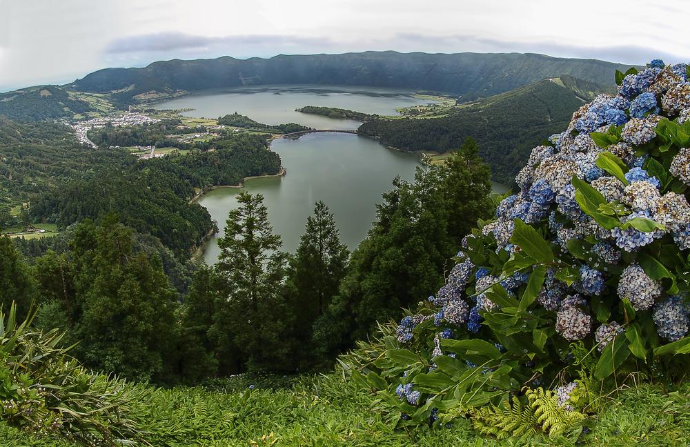Lagoa das Sete Cidades Sao Miguel (Azores Portugal)