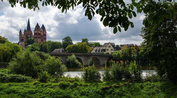 Lahnbrücke und Dom