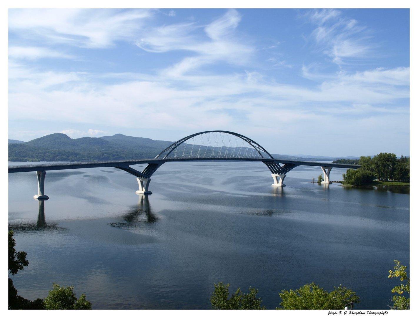 Lake Champlain Bridge - USA 2014