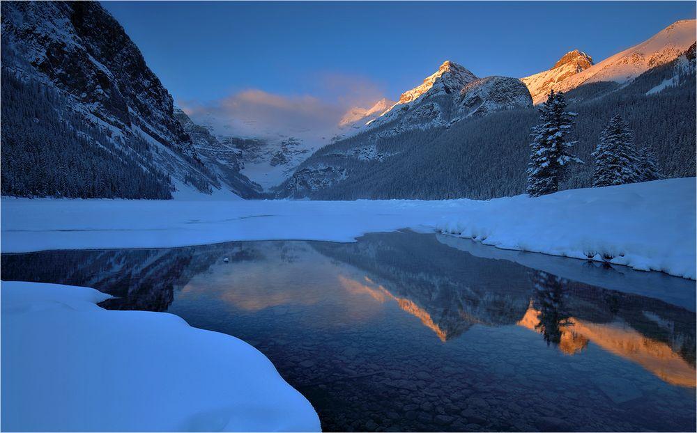 Lake Louise im Winterschlaf